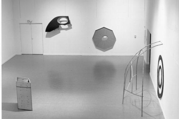 Elspeth Pratt (rear wall, installation view 1995 by Richard-Max Tremblay. Courtesy of the artist (1995)