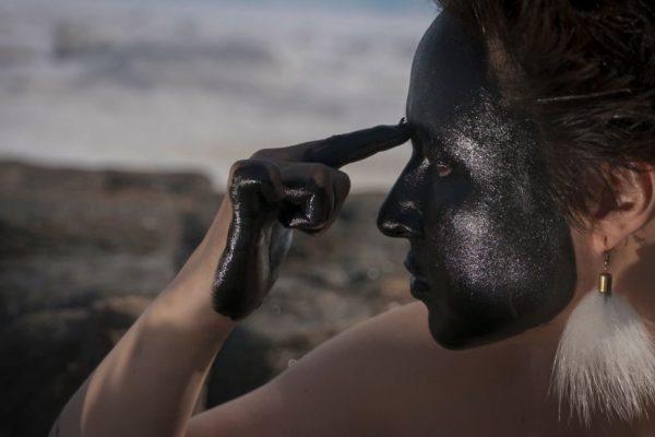 Laakkuluk Williamson Bathory, Timiga Nunalu Sikulu (My Body, the Land and the ice), 2016. Video still.